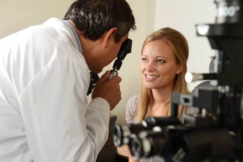EPF eye doctors check eyes and explain what to expect when your eyes are dilated.